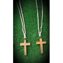 Cruz de Comunion de madera con cuerda trenzada