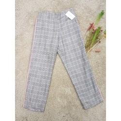 Pantalon principe de Gales, en color gris y rosa con raya lateral y un tejido super comodo