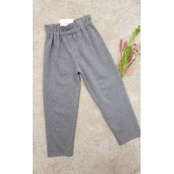Pantalón de niña, con tiro alto con goma, raya diplomática con brillo, de la firma My Bella Moon